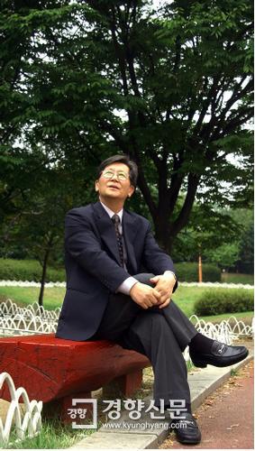 2006년 9월25일 경향신문 창간 60주년을 기념해 특집 대담을 한 신영복 성공회대 석좌교수/이상훈 기자