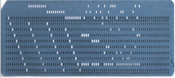 ▲초창기 디지털 데이터 입력에 활용되었던 천공카드.