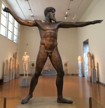 제우스 조각상. 그리스 국립고고학박물관