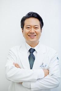 권영항 캐비어동물메디컬센터 대표원장