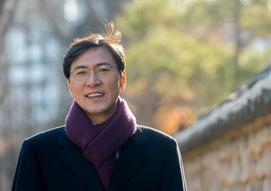 2017 Presidential Dreams] ⑥ Ahn Hee-jung, Governor of
