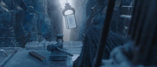 영화 <신과함께-죄와 벌>에서 주인공 자홍이 네 번째로 가게 되는 불의 지옥.사진·롯데엔터테인먼트 제공