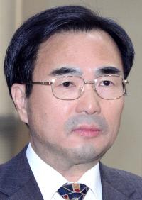 """""""차한성 전 대법관, 이재용 변호 안돼"""" 변협 등 법조계서 '사임' 촉구 목소리"""