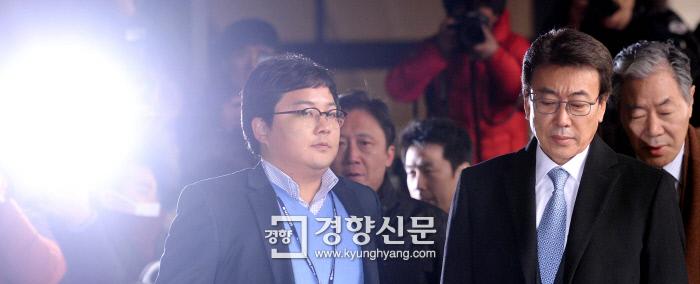 박지만 EG 회장(왼쪽)과 박근혜정부의 그림자 권력으로 통하는 정윤회씨 ⓒ뉴스뱅크이미지