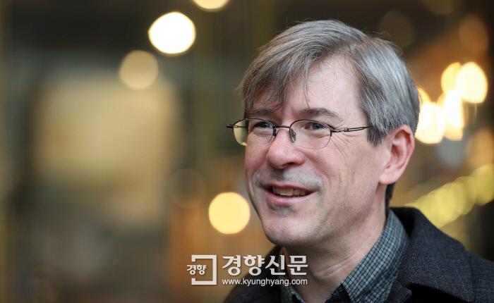 미국 출신 한국영화 평론가 달시 파켓 / 김창길 기자 cut@kyunghyang.com