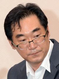 '민중은 개·돼지' 나향욱, '파면'에서 '강등'으로 징계 낮아질 듯
