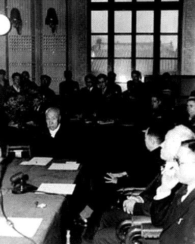 1946년 2월 민주의원 개원식의 한 장면.  경향신문 자료사진