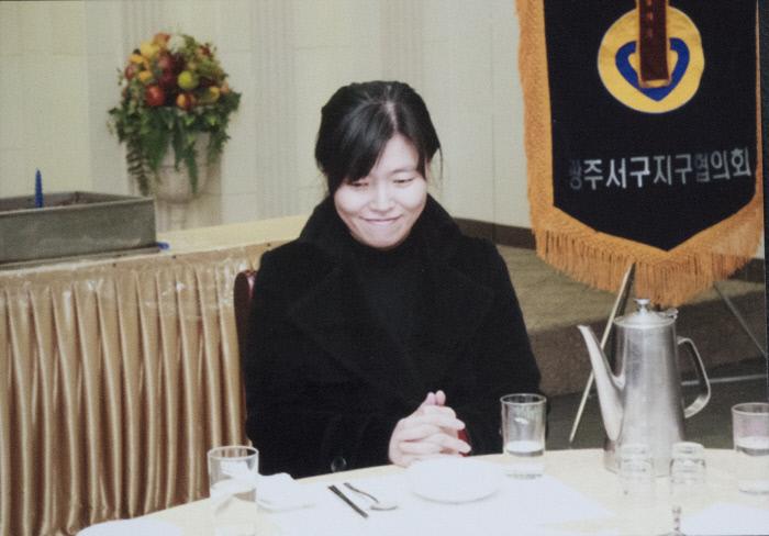<b>'도가니 검사'</b> 2007년부터 2009년 광주지검 공판부에서 근무하면서 이른바 '도가니 사건'으로 불리는 광주 인화학교 성폭력 사건을 맡았다.