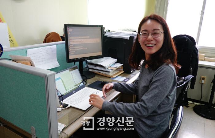 최혜인 노무사는 여러 노동 문제를 겪고 고민하는 노동자들에게 실천적 대안을 제시하고 싶어서 노무사가 됐다고 말한다.