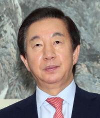 김성태 의원 딸 특혜채용 검찰, KT 전직 임원 구속
