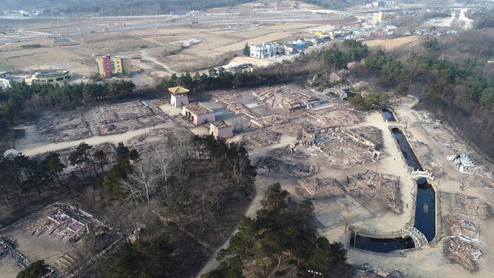 7203e887d72 강원도 산불로 속초 보광사 건물 일부 전소···문화재 피해는 아직 없어 ...