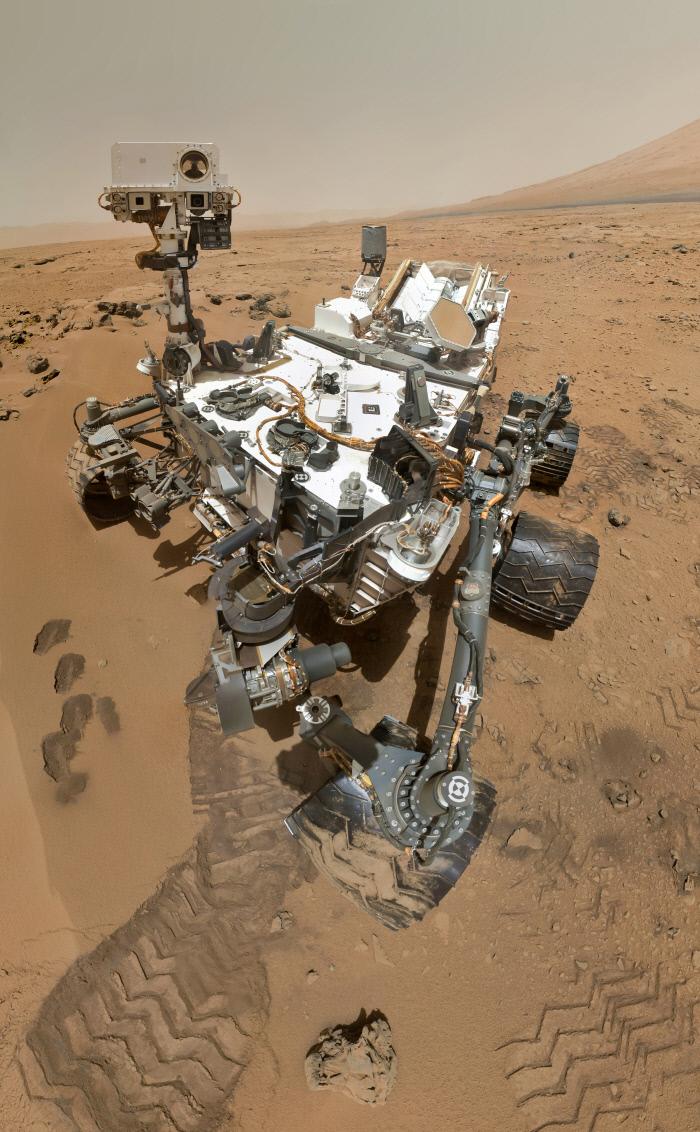 화성에서 지상 탐사 중인 큐리오시티(Curiosity). NASA 제공