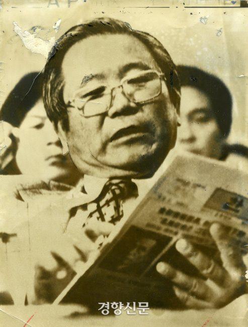 김형욱이 1977년 미 하원 국제관계소위원회에서 박정희와 유신을 비판하는 증언을 하고 있다. 경향신문 자료사진