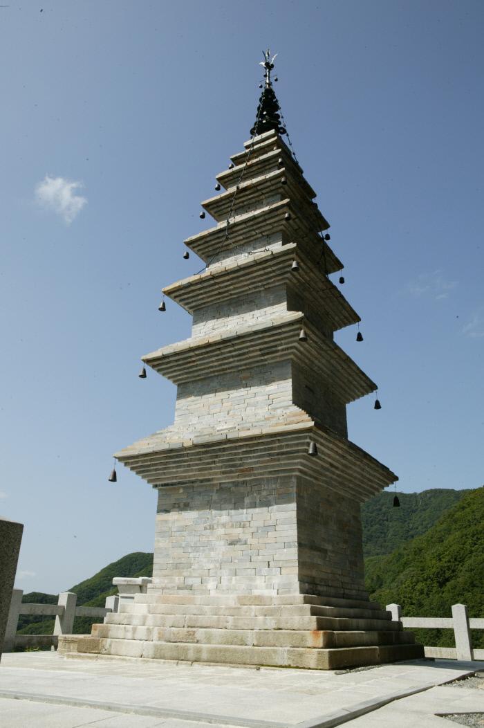 강원 정선군 고한읍에 자리잡고 있는 정암사 수마노탑. │정선군 제공