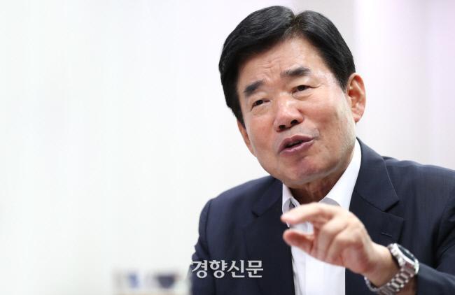 더불어민주당 김진표 의원. 경향신문 자료사진