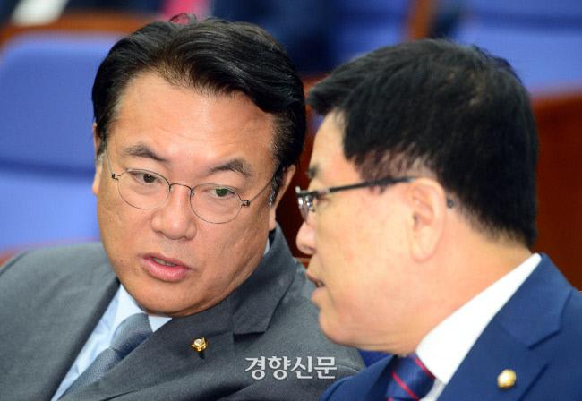미래통합당 정진석 의원(왼쪽). 김창길 기자 cut@kyunghyang.com
