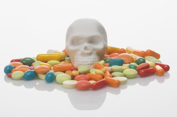 향정신성의약품으로 분류되는 수면제와 식욕억제제는 마약류관리에관한법률에 따라 마약류로 분류되지만 이 약품에 대한 위험성 인식은 낮은 상태다(사진=클립아트코리아).