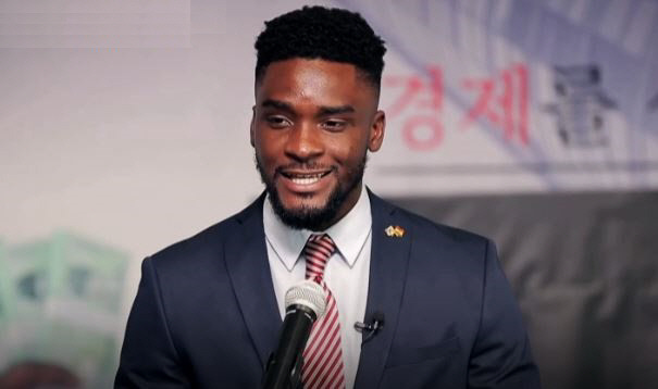 South Korea Forces Sam Okyere to Apologize for Pointing Out Racial  Discrimination   South Korea Forces Sam Okyere to Apologize for Pointing  Out Racial Discrimination - The Kyunghyang Shinmun