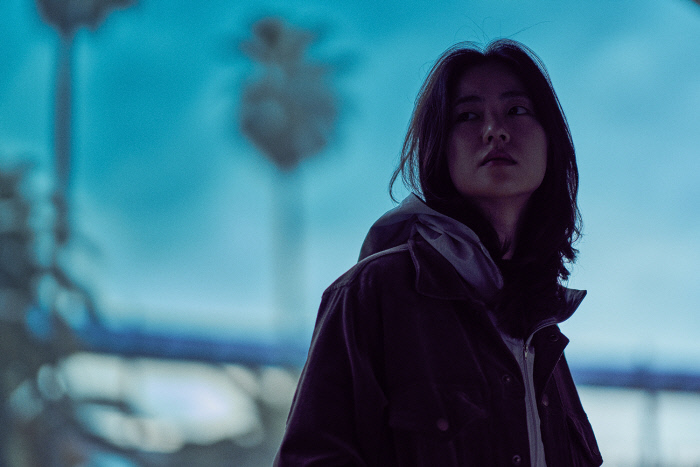 영화 <낙원의 밤>의 한 장면.사진·영화사 금월 제공