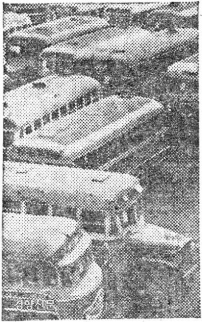 اتوبوس شهری سئول در سال 1954. عکس مواد در روزنامه کیونگ یانگ.