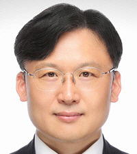 Sangjin Han همکار ارشد تحقیقات ، موسسه حمل و نقل کره