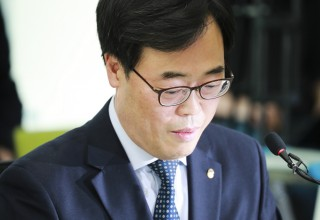 """김기식, """"선관위 결정 받아들이기 어려워, 참여연대 성명때 마음 정해"""""""