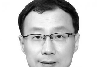 [경제와 세상]재벌 3세 세습경영, 비정상의 증거