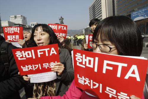 Some South Koreans Protest Against Korea Us Free Trade Agreement